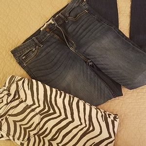Bundle of 2 skinny jeans